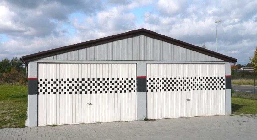 Passgenaue garagen und carports f r baul cken bebauung for Garagen und carports